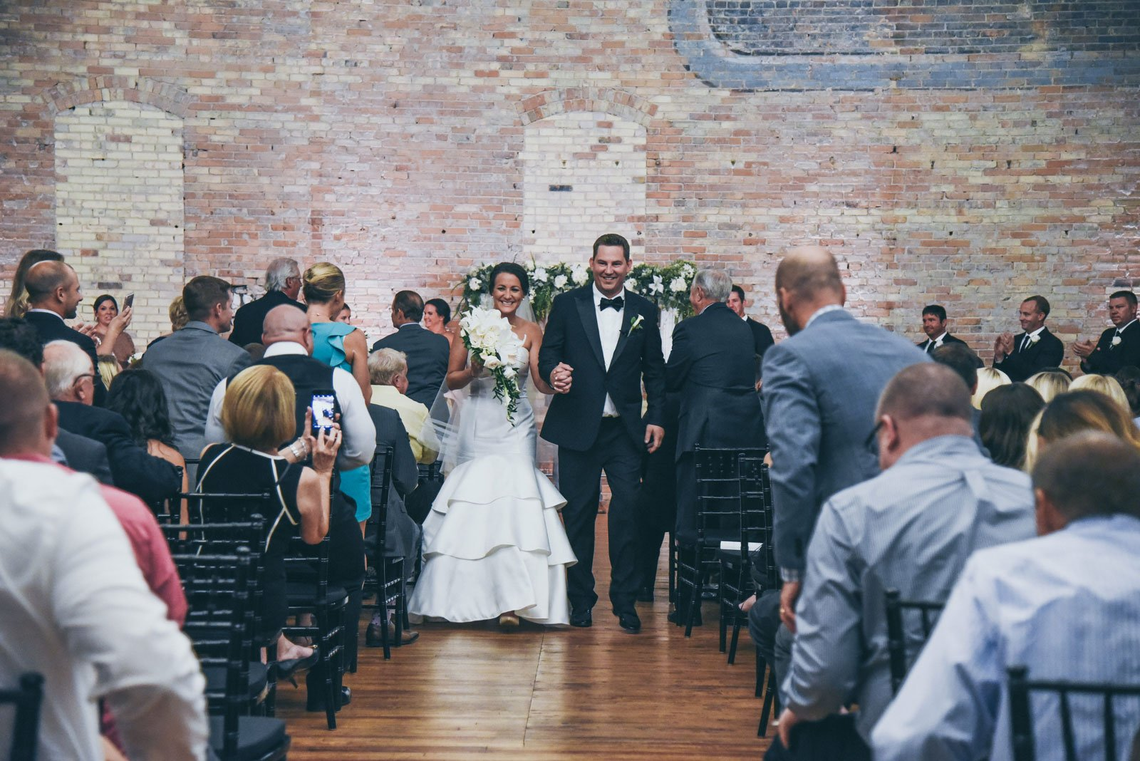wedding-ceremony-at-the-Harris-Building